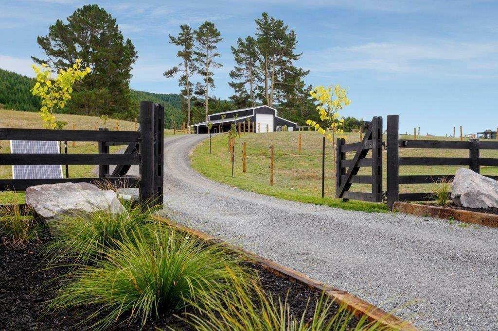 American barn house build Taupo